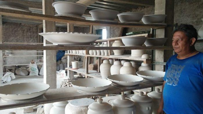 Dari Cibuntu Sumedang, Keramik Buatan Heri Terjual Hingga ke Amerika dan Afrika