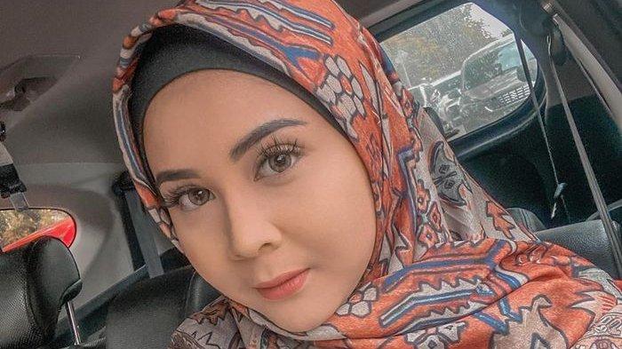 Kesha Ratuliu Dikira Hamil Duluan, Setelah Tahu Isinya Tumor Kini Tua Simpati, Begini Kondisinya