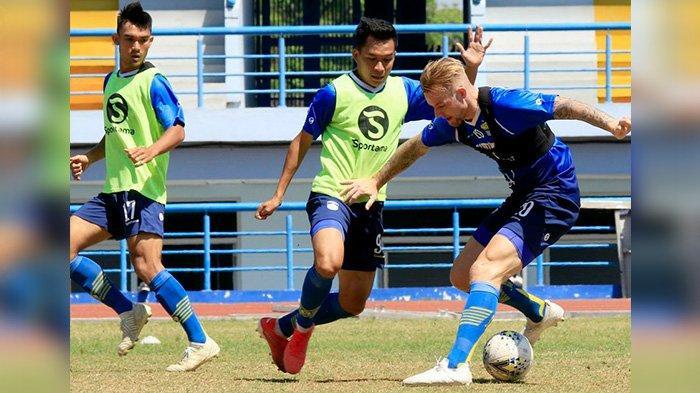 Jelang Lawan Tira Persikabo, Persib Bandung Masih Kekurangan Pemain untuk Gim Internal