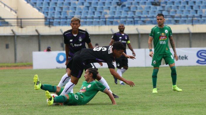Kim Jeffrey Kurniawan saat PSS Sleman menjalani fase grup Piala Menpora di Stadion Si Jalak Harupat beberapa waktu lalu.