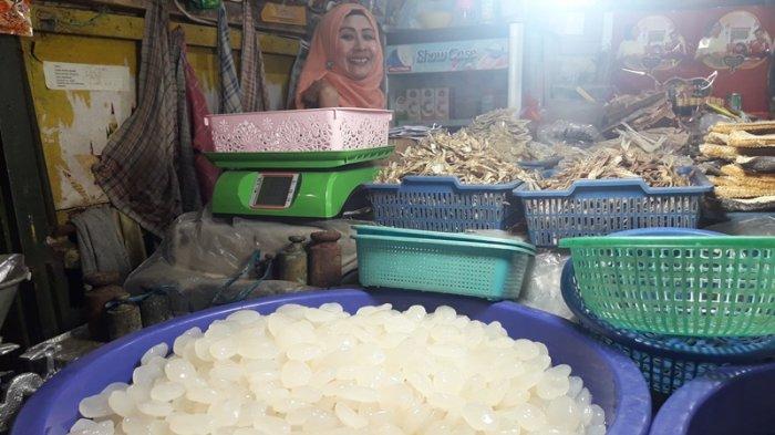 Berkah Ramadan, Ini Keuntungan Para Pedagang Kolang-Kaling
