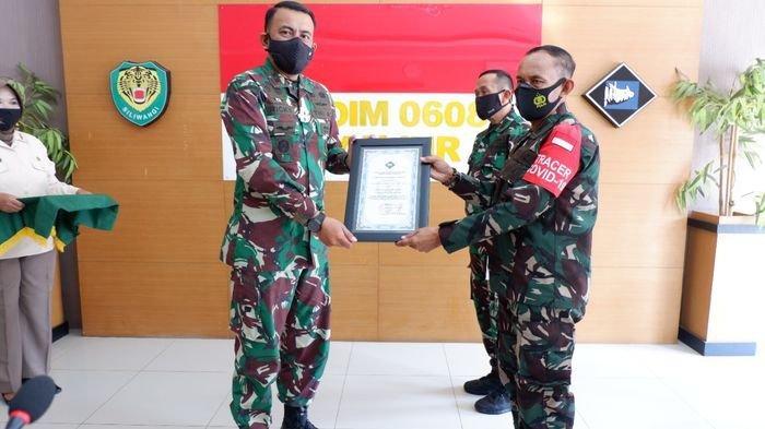 Gagalkan Perang Geng Motor di Cianjur, Danramil Ini Dapat Penghargaan