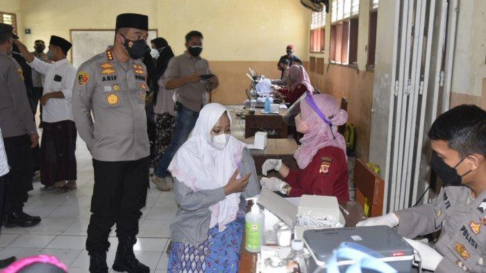 Gerai Vaksin Presisi Polresta Cirebon Dibuka di Ponpes Gedongan, Diikuti Ratusan Santri