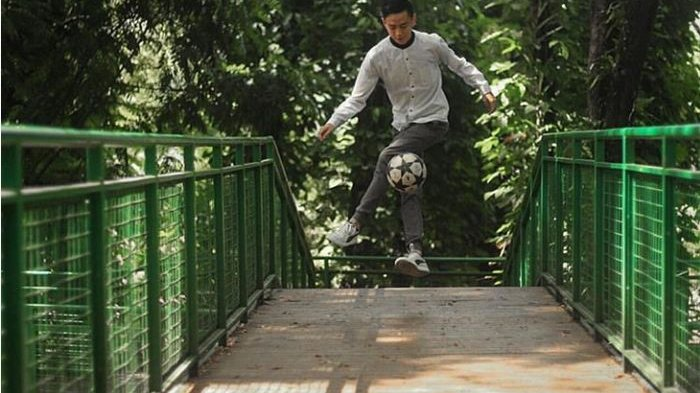 Mengenal NWAE Bandung, Satu-satunya Komunitas Pecinta Olahraga Freestyle Soccer di Bandung