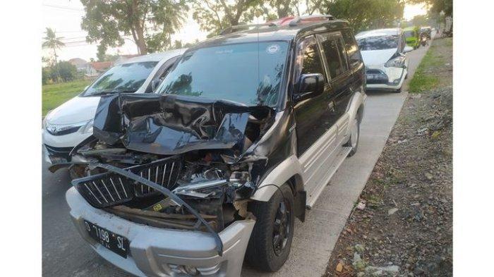 Baru Saja Terjadi Kecelakaan Beruntun di Cianjur, Mitsubishi Kuda dan Toyota Sienta Rusak Parah