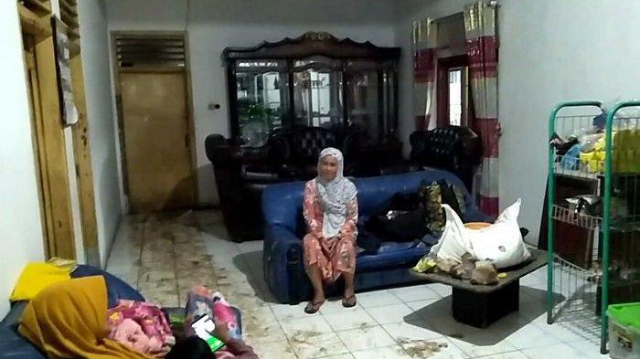 ANEH, Satu Rumah Ini Tetap Bersih Meski Lumpur Mengelilingi Saat Banjir Bandang Terjadi di Sukabumi
