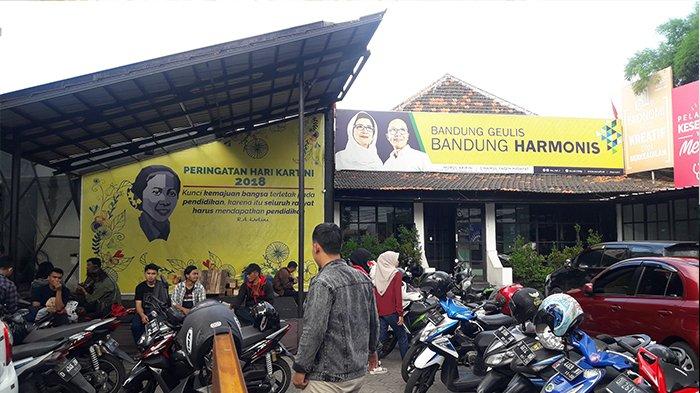 Relawan Masih Berjibaku Urus Berkas C1 di Posko Pemenangan Nurul Arifin - Ruli Hidayat