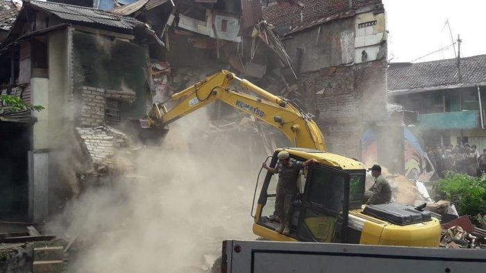 kondisi-terkini-penggusuran-bangunan-di-tamansari-rw-11-kota-bandung-kamis-12122019.jpg