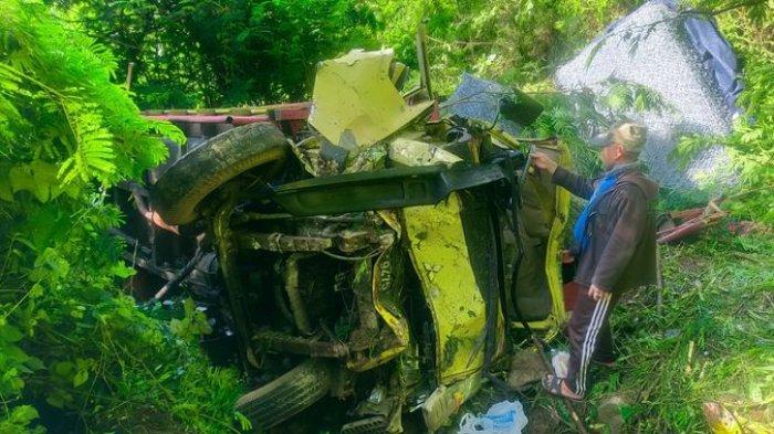Kecelakaan Maut di Cianjur, Truk Bermuatan Bronjong Terjun ke Jurang, 1 Orang Tewas dan 2 Luka-Luka
