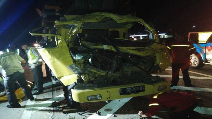 BREAKING NEWS: Satu Jam Sebelum Laka Indramayu, 2 Tewas pada Laka Maut di Tol Cipali