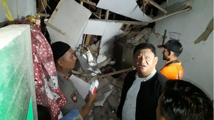 Diduga Karena Ledakan Tabung Gas Elpiji, Dua Bangunan Roboh di Cimahi