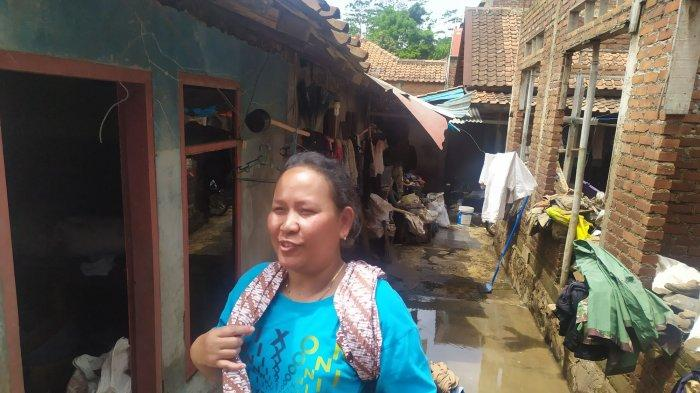 Hari ke-5 Pasca Banjir Bandang, Warga KBB Sudah Mulai Bereskan Rumahnya Masing-masing