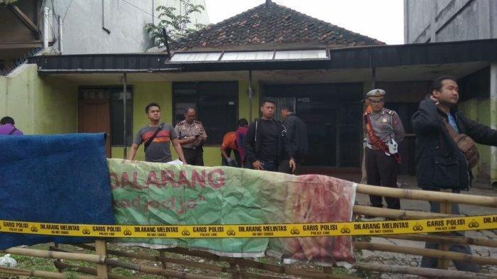Pria yang Tewas Bersimbah Darah di Cimahi Ditemukan di Halaman Rumah Kosong dan Gelap