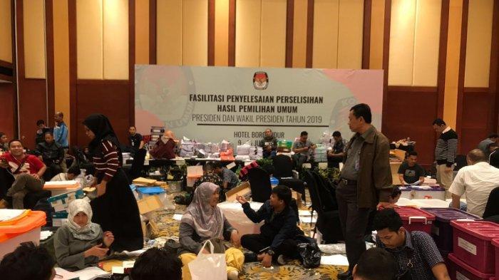 KPU Kota Bandung Turut Serahkan Berkas Alat Bukti Sengketa Pilplres 2019