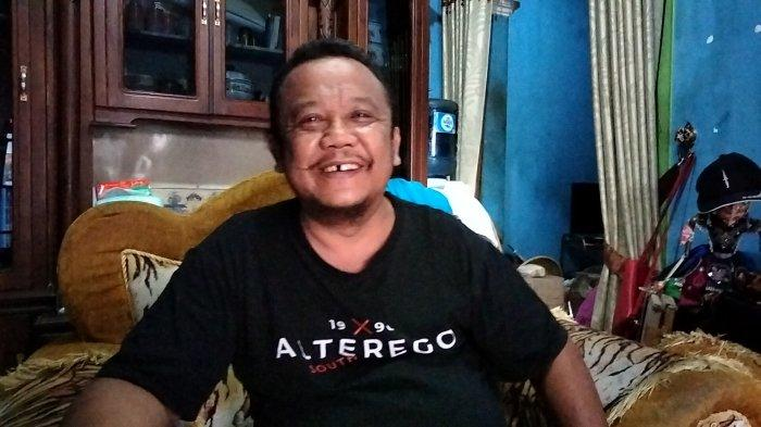 Kusto, Kepala Desa Kawungsari, Kecamatan Cibeureum, Kuningan, Jawa Barat. (Tribuncirebon.com/Ahmad Ripai)