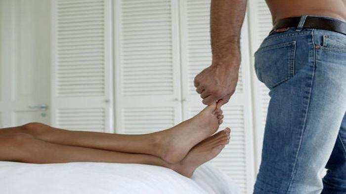 Bahayakah Kebiasaan Menekan dan Menarik Jari Tangan dan Kaki Sampai Bunyi
