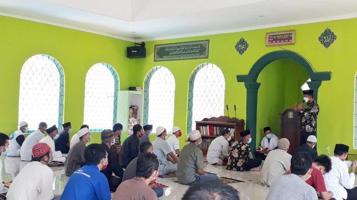 Hormati Korban Kebakaran Lapas Tangerang, Napi di Lapas Sumedang Doa Bersama dan Salat Gaib