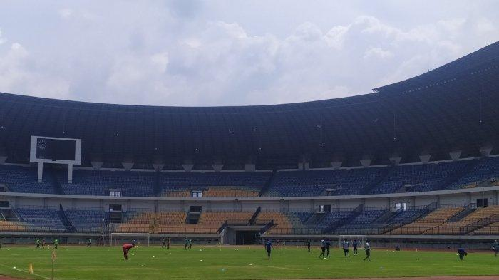 Kembali Latihan, Para Pemain Persib Bandung Termotivasi Setelah Kalahkan Arema FC