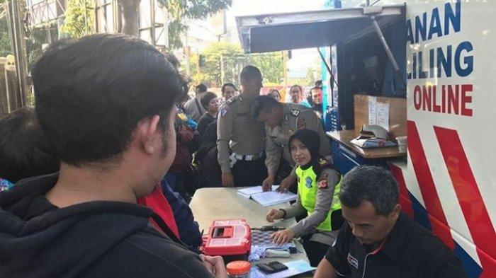 Ayo Perpanjang Masa Berlaku SIM, Mobil SIM Keliling Polrestabes Bandung Ada di CFD