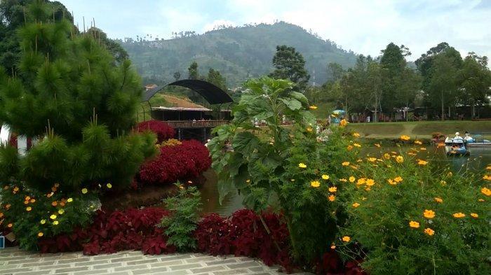 Lembah Dewata, tempat wisata alam di Lembang yang bernuansa Pulau Bali.