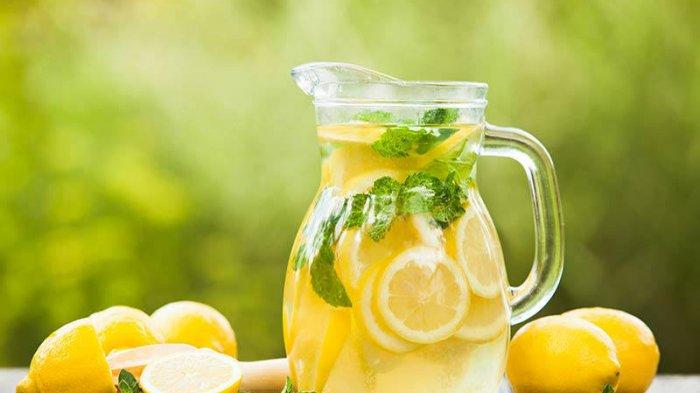 Manfaat Minun Air Lemon Setiap Bangun Tidur, Ini Perubahan Menakjubkan yang Terjadi pada Tubuh