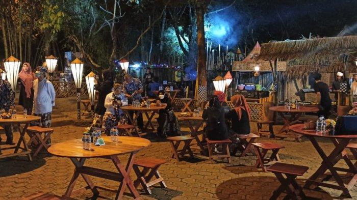 Saat Dara Cantik Nikmati Kuliner Tradisional di Kafe Bernuansa Hutan di Pusat Kota Purwakarta - leuweung-seni-purwakarta.jpg