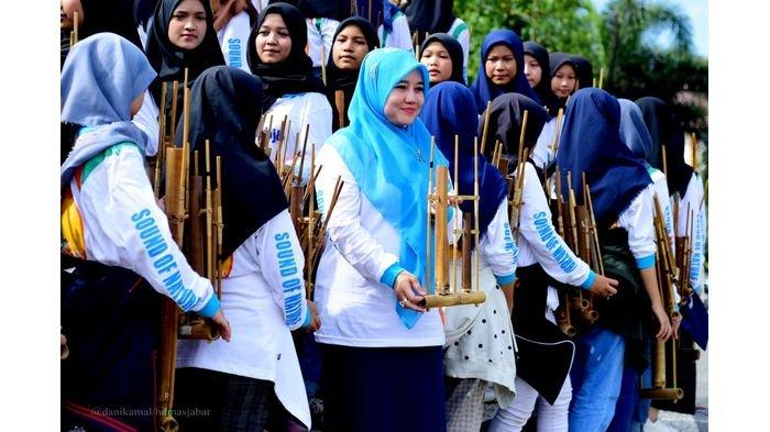 Istri Wagub Jabar Siap Jadi Balon Bupati di Pilkada Kabupaten Tasikmalaya, Jika Ada yang Mengusung