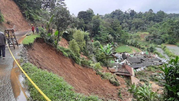 Masuk Musim Hujan, Kepala Diskar PB Purwakarta Sebut Wilayah Ini Masuk Zona Merah Bencana