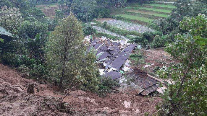 Detik-detik Longsor di Bojong Timur Purwakarta, Awalnya Terdengar Suara Pohon Tumbang