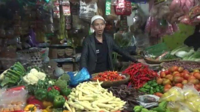 Harga Cabai di Sumedang Semakin Pedas, Pedagang Meringis, Sentuh Harga Rp 150 Ribu Per Kilogram