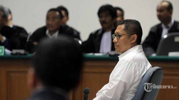 Anas Urbaningrum Kirim Karangan Bunga untuk Artidjo yang Menghukum 14 Tahun Penjara, Enggak Dendam?