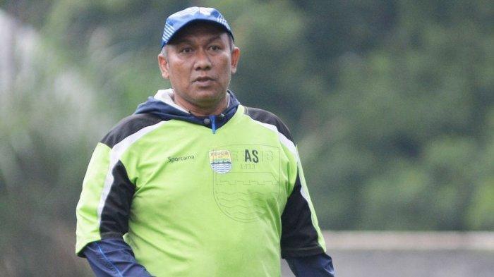 Mantan pemain dan eks asisten pelatih Persib Bandung, Asep Soemantri.