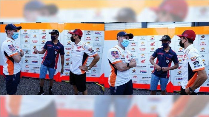 Pebalap Astra Honda Racing Team, Mario Suryo Aji mendapatkan motivasi langsung dari pebalap Repsol Honda Team, Marc Marquez dan Pol Espargaro (17/9). Melakoni balapan yang sama di Misano World Circuit Marco Simoncelli, Italia, Mario mendapat kesempatan berbincang dengan juara dunia 6 kali MotoGP, Marc Marquez dan rekan setimnya Pol Espargaro.