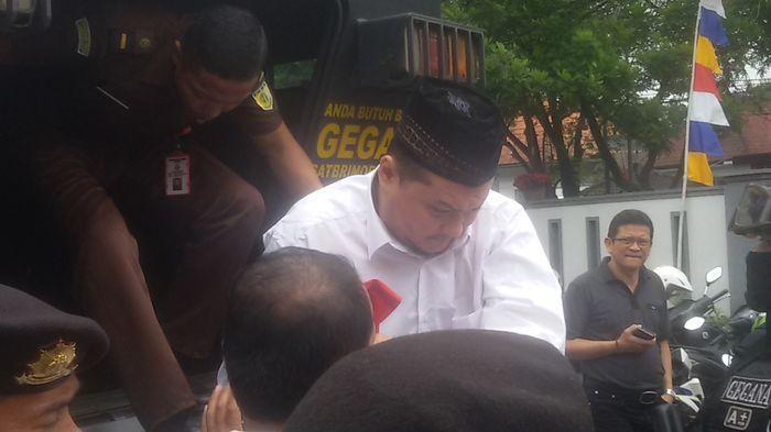 Terdakwa Penganiaya Anggota Kopassus, Marsel Tiba di PN Bandung Diangkut Pakai Baraccuda