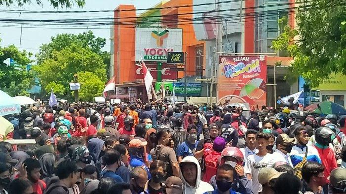 Usai Didemo, DPRD Indramayu Tandatangani Tuntutan Massa, Berjanji Akan Teruskan ke Pusat
