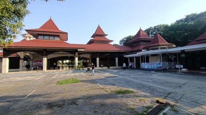 Masjid Agung Indramayu akan menggelar Salat Idul Fitri 1442 H di Alun-alun Indramayu. Foto diambil pada Rabu (12/5/2021).