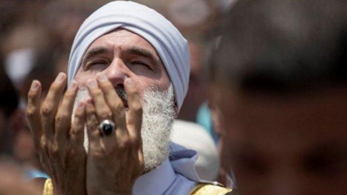 Istimewanya Hari Jumat, Ada Waktu Mustajab Berdoa di Penghujung Hari, Jangan Dulu Tinggalkan Masjid
