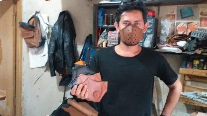 Perajin Sukaregang Tak Kehilangan Akal Saat COVID-19, Produksi Masker Kulit dan Banyak Peminatnya