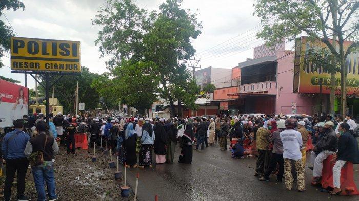 FPI Dibubarkan, di Cianjur Ketua FPI Update Foto FPI Bertuliskan Front Persatuan Islam