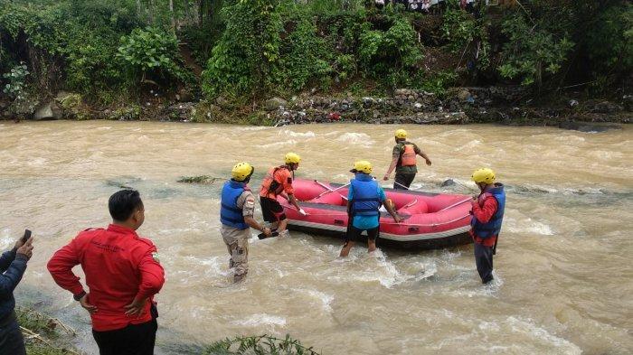 Hari Ketiga, Tim SAR Masih Berupaya Menemukan Natasya yang Terseret Banjir Bandang di Tasikmalaya