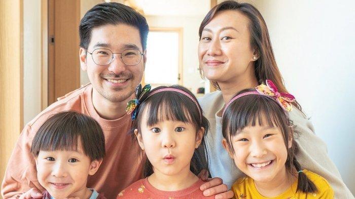 Mengenal Kimbab Family, YouTuber Mojang Bandung dan Oppa Korea Kompak dengan 3 Buah Hati yang Lucu