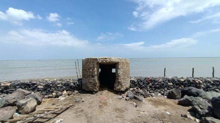 Mengintip Laut Lepas dari Dalam Bungker Tentara Kolonial Belanda di RTH Dadap Indramayu