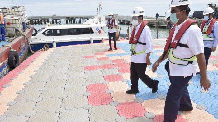 Menteri Perhubungan Budi Karya Sumadi meninjau Patimban.