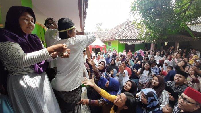 Menilik Tradisi Rebo Wekasan di Situs Makam Pangeran Pasarean Cirebon 2