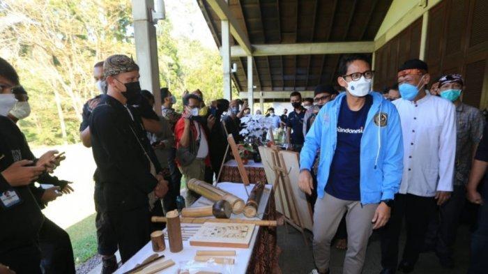 Bisa Bangkitkan Ekonomi di Tengah Pandemi, Menparekraft Dorong Kemandirian Desa Wisata