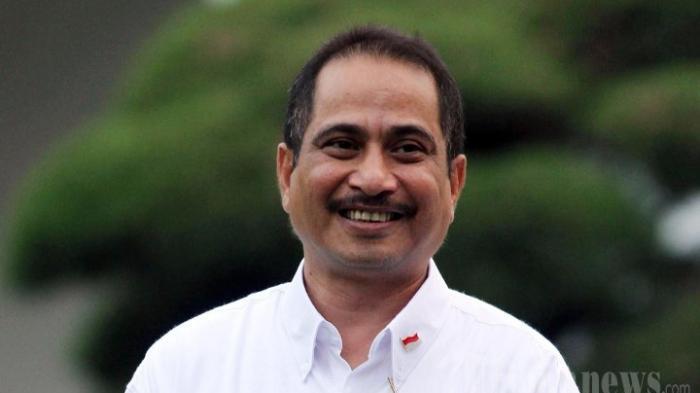 Kunjungan Wisata Turun Drastis, Menpar Arief Yahya Ingin Harga Tiket Pesawat Turun Hingga 30 Persen