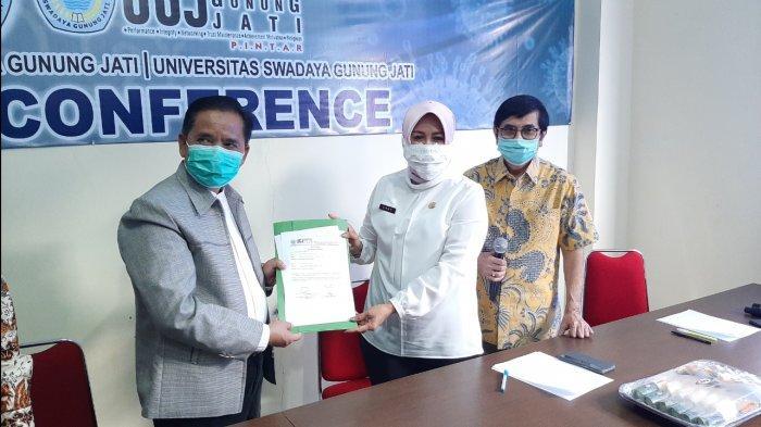 Dinkes Kabupaten Cirebon Terima 5000 VTM dari FK UGJ