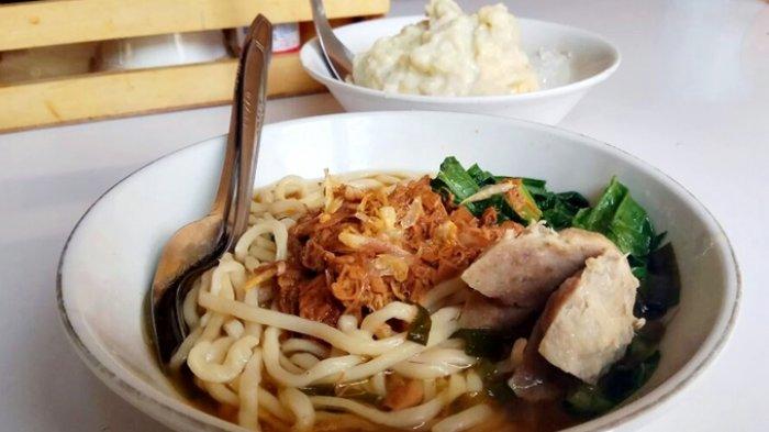 Tiga Sajian Mie Ayam Legendaris yang Patut Anda Kunjungi di Kota Bandung