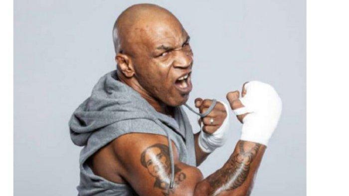 Mike Tyson Tebar Ancaman kepada Roy Jones Jr, Bikin Gigi Teman Tanding dalam Latihan Rontok