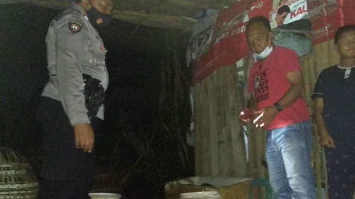Tipu Muslihat Bos Miras di Tasik, Sembunyikan Tuak di Kandang Ayam, Tetap Saja Ketahuan Polisi